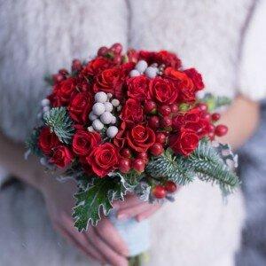 svadebniy-buket-v-krasnom-tsvete-kupit-lulu-angel-tsvetov-8-seriya